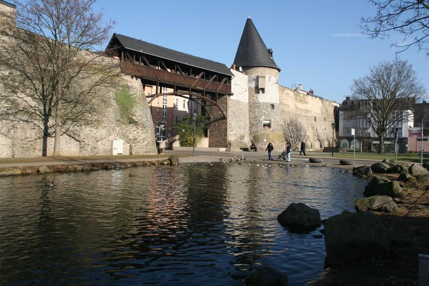 Die alte Stadtmauer von Andernach