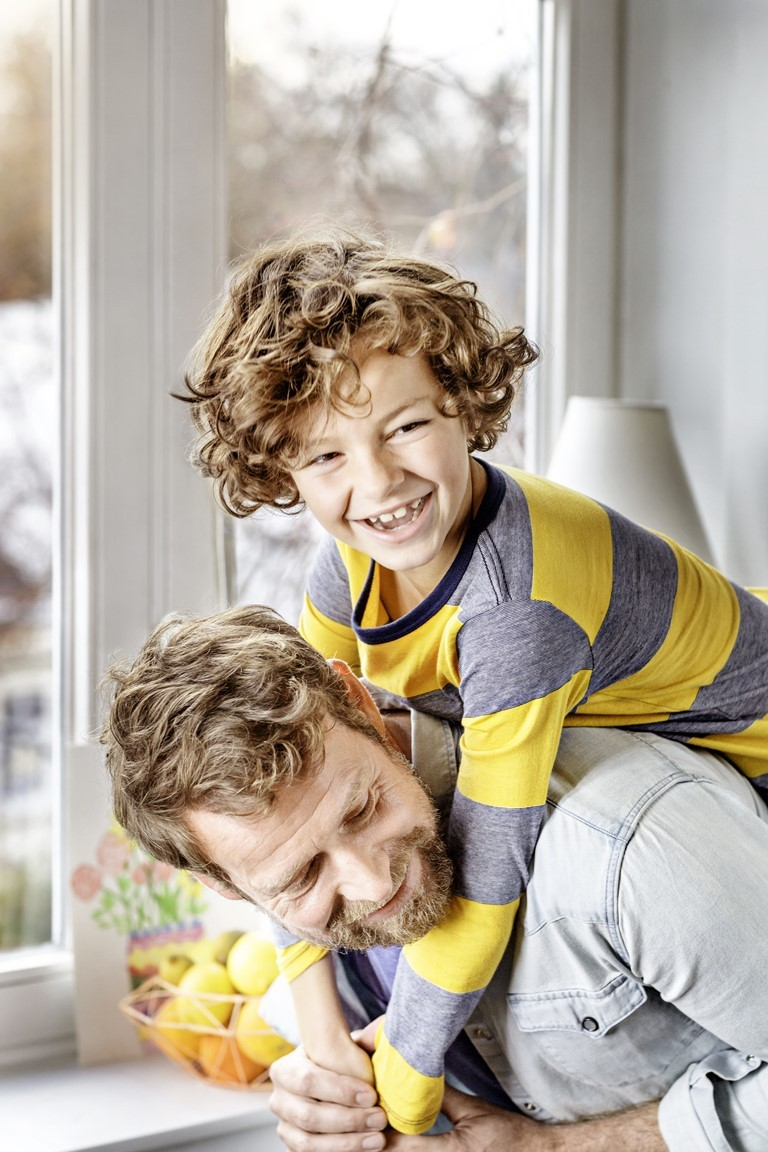 Voller Herausforderungen ist die Beziehung zwischen Vater und Sohn.